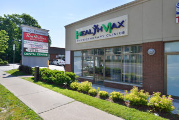 Side entrance to the HealthmaxPhysio Scarborough Clinic