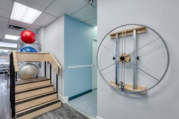 Mini staircase and spinning wheel for physiotherapy exercises